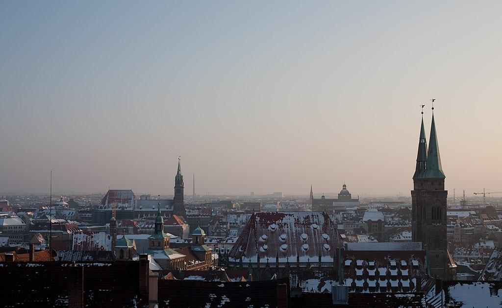 Nuremberg panorama morning 3.jpg