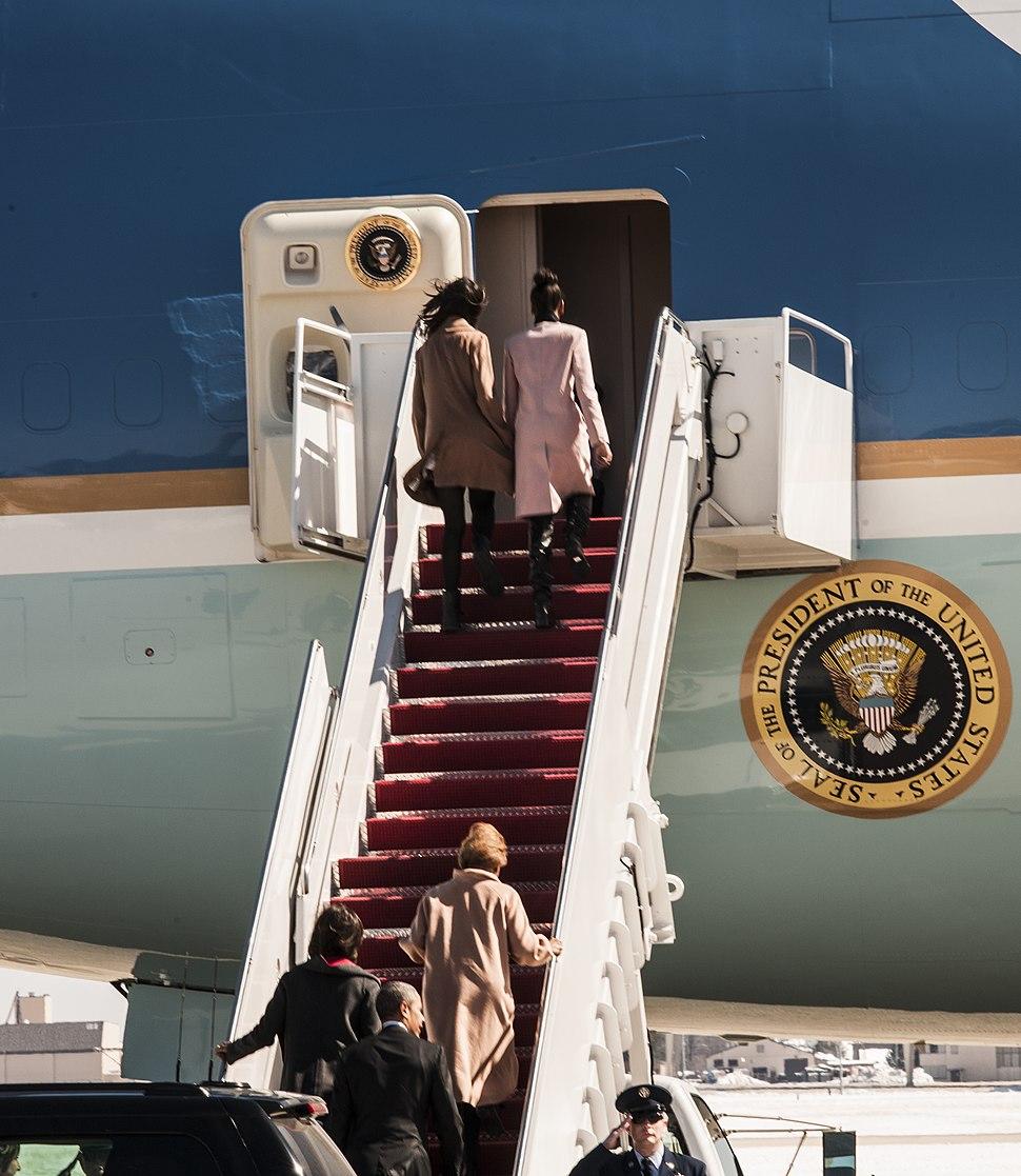 Obama heads to Selma for 50th anniversary speech 150307-F-WU507-020