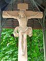 Offenburg, Heilig-Kreuz-Kirche, Christus am Kreuz (aussen) 2.jpg