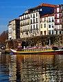 Oporto (Portugal) (17319846511).jpg