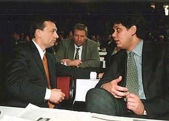 Viktor Orbán - Viktor Orbán with Tamás Deutsch in 2000