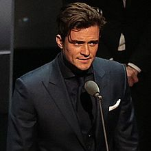 Orlando Bloom 2015 (cropped) (cropped).jpg
