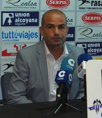 Paco López - López as Alcoyano manager in 2011