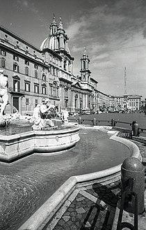 Paolo Monti - Servizio fotografico (Roma, 1966) - BEIC 6329173.jpg