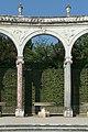 Parc de Versailles, Bosquet de la colonnade, Colonade 02.jpg