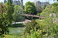 Passerelle suspendue, Buttes Chaumont, Paris 14 April 2014.jpg