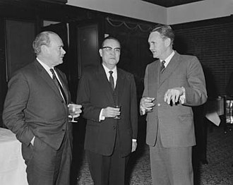 John Gorton - Gorton in 1965 with External Affairs Minister Paul Hasluck and Taiwanese foreign minister Shen Chang-huan