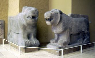 Sam'al lions - Lions from the left side (left lion is a plaster cast)