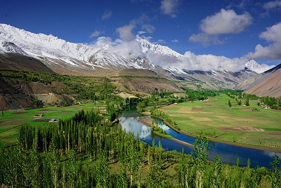 Phandar Valley Wonder Valley.jpg