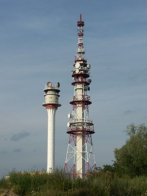 Piątkowo transmitter - The two towers