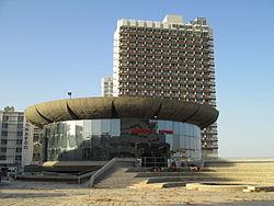 PikiWiki Israel 45058 Atarim square.JPG