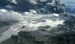 Pinatubo 1991-06-29 Pyroclastic flow deposits of Marella River Valley.jpg