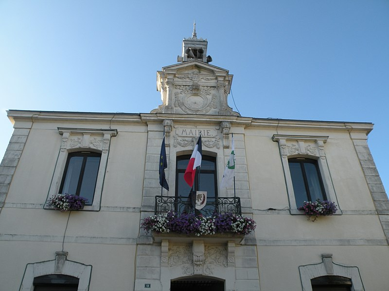 Town hall of Pipriac
