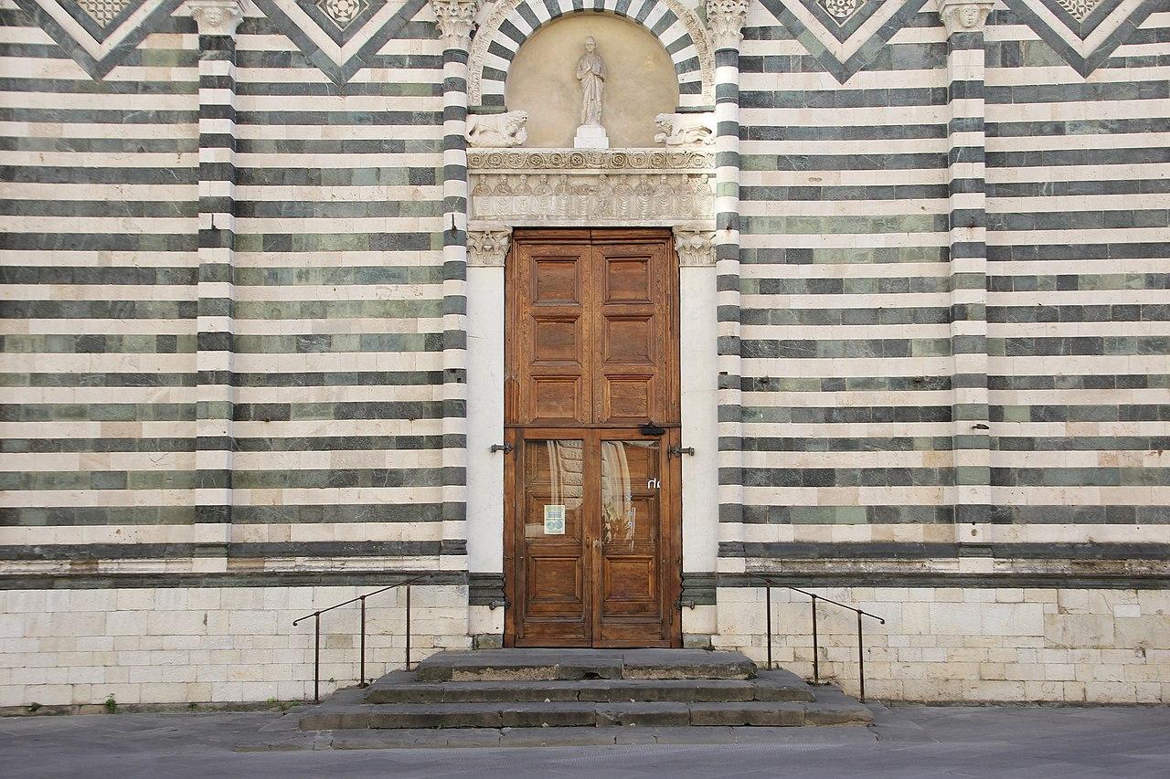 Pistoia, chiesa di San Giovanni Fuorcivitas (06).jpg