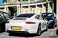 Porsche 911 Carrera S (13897475043).jpg