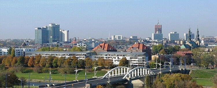 Centrum Poznania widziane z prawego brzegu Warty 3a8fc7df8bf