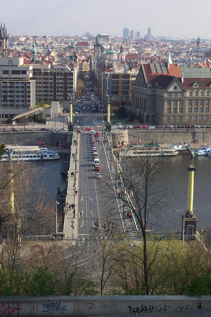 Praha, Letn%C3%A1, pohled na Pa%C5%99%C3%AD%C5%BEskou ulici.JPG