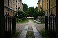 Primo quartiere popolare via Solari Cortile dall'ingresso.jpg