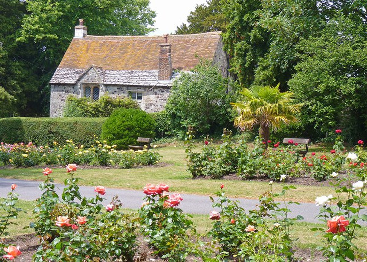 Priory Cottage Christchurch Dorset.jpg