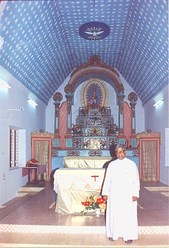 Roman Catholic Diocese of Quilon - Episcopal chapel with Bishop Joseph Fernandez, 1998. In 1930 the Syro-Malankara Catholic Church was founded.