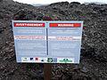 Réunion Piton Fournaise Warnschild Ausbruch 2010.JPG