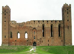 Prussian uprisings - Ruins of the Teutonic castle in Rehden (today Radzyń Chełmiński). It was one of five castles not captured by the Prussians.