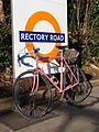 Rectory Road Overground station (25216103076).jpg