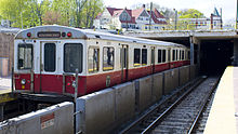 Red Line 1700s at Ashmont.jpg