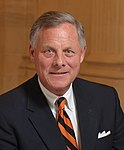 Richard Burr official portrait (cropped 2).jpg