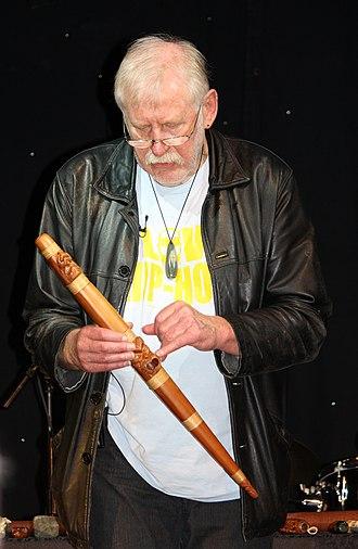 Richard Nunns - A pūtōrino (flute/trumpet)