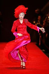 Rita Moreno na The Heart Truth Fashion Showw 2008