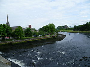 River Leven & Dumbarton Castle from Dumbarton Bridge.JPG