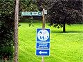 Road sign (31791339773).jpg