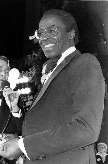 Photo of Robert Guillaume at the premiere of S...