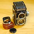Rolleiflex 2.8 E medium format 120 roll film TLR camera with 80mm F2.8 Carl Zeiss Planar lens.jpg
