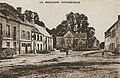 Roudouallec la place et l'église Armand Waren.jpg