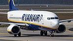Ryanair Boeing 737-800 (EI-ENR) at Frankfurt Airport.jpg