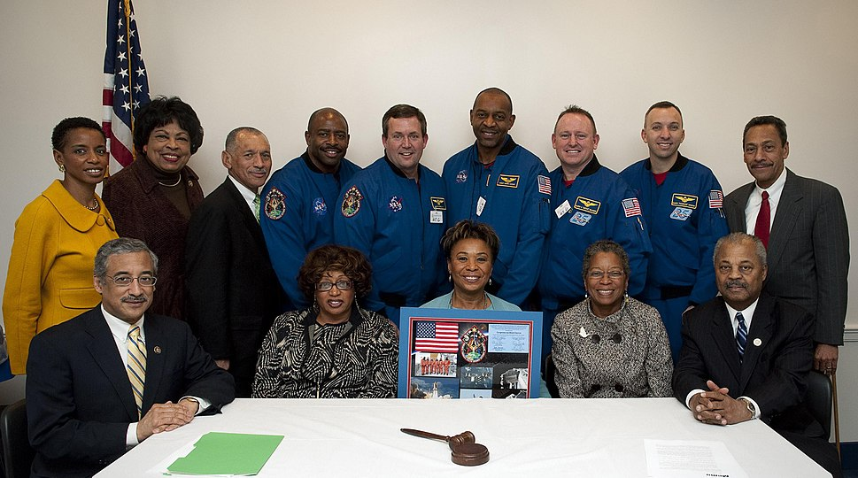 STS-129 Crew Meets With Members of Congress