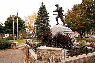Saint-Lambert, Quebec - The Saint-Lambert Cenotaph by sculptor Emanuel Hahn was inaugurated on July 9, 1922, by General Arthur Currie.