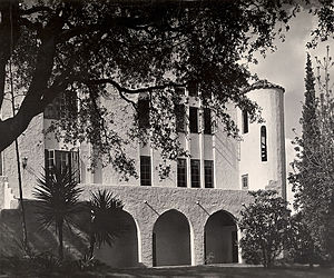 Saint Mary's Hall (San Antonio) - French Place Campus
