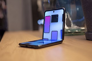 Foldable smartphone Smartphone form factors that use flexible displays