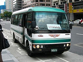 SanChungBus 989FA right-front.jpg