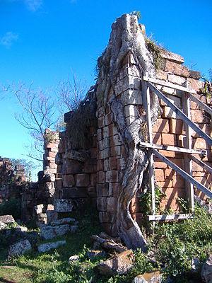 Nuestra Señora de Santa Ana - Mission church walls in ruin.