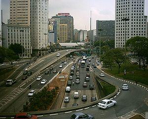 Francisco Prestes Maia -  Traffic on Avenida Prestes Maia in central São Paulo