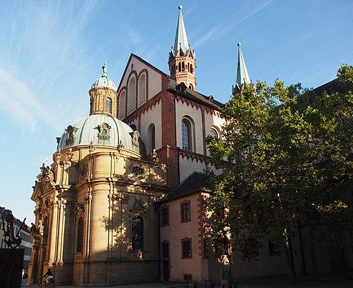 Schönbornkapelle mit Domkirche St. Kilian (5)