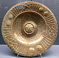 Schüssel mit Wappen des Königreichs Sizilien KGM K1682.jpg