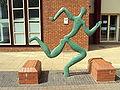 Sculpture, Tyndall Avenue, Bristol - DSC05824.JPG