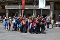 Selfie multitudinario en Plaza Mayor (27270612735).jpg