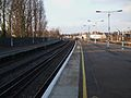 Selhurst station fast platforms look north2.JPG