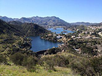 Lake Sherwood, California - The Sherwood Dam, Lake Sherwood and surrounding community.